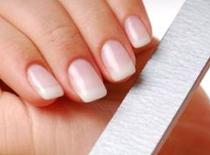 Jak dbać o paznokcie, skórki i dłonie
