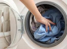 Jak poradzić sobie z problemem skurczonych ubrań w praniu