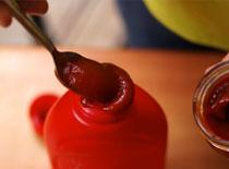 Jak uzupełnić butelkę ketchupu lub musztardy