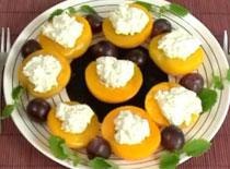 Jak zrobić brzoskwinie z dipem serowym