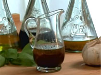 Jak zrobić aromatyczny sos do sałaty