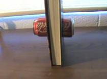 Jak wykonać żarcik z książką i puszką po coli