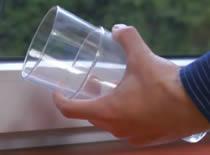 Jak rozłączyć szklanki w bezpieczny sposób