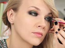 Jak wykorzystać zieleń i złoto w makijażu karnawałowym