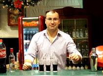 Jak efektownie wykonać drinka z colą