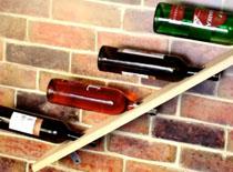 Jak zrobić skośną półkę na wino