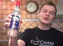 Jak przygotować wódkę cytrynówkę