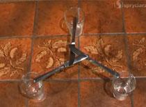 Jak ustawić pełną szklankę na 3 nożach