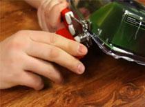 Jak otwierać zgrzewane opakowania plastikowe