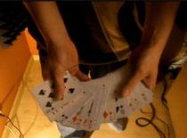 Jak wykonać sztuczkę karcianą Magiczna Kieszeń