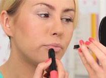 Jak zrobić makijaż nude na Walentynki