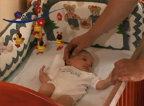 Jak pielęgnować noworodka #8 - Łóżeczko