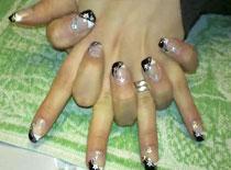 Jak zrobić eleganckie czarno białe paznokcie