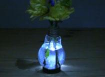Jak zrobić podświetlany wazon z żarówki