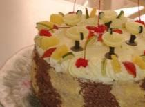 Jak zrobić tort czekoladowy z ananasem