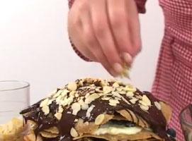 Jak zrobić tort naleśnikowy