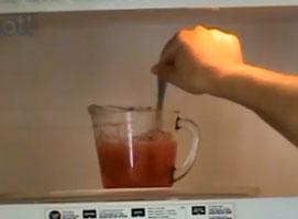 Jak zrobić jadalną wersję sztucznej krwi