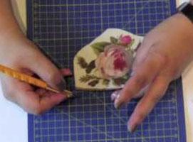 Jak wycinać wzory z serwetek do decoupage
