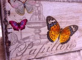 Jak malować drewniane elementy - motyw motyli