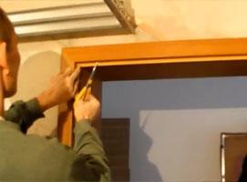 Jak wykonać montaż uszczelki w drzwiach