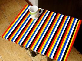 Jak zrobić kolorowy stolik