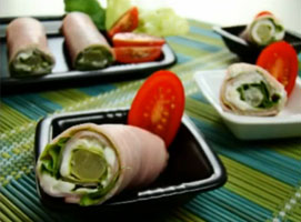 Jak zrobić roladki z szynką, sałatą i szparagami