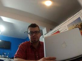 Jak wymienić taśmę od dysku twardego w MacBook Pro A1278