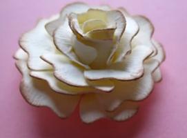Jak zrobić kwiatka z wykrojnika #2