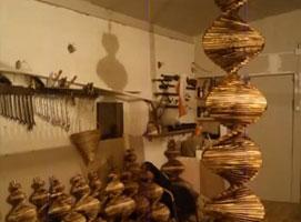 Jak zrobić ozdobę z drewna - kręcący się świderek