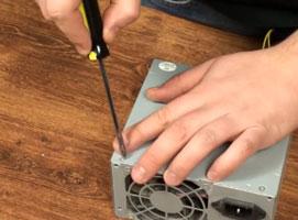 Jak poradzić sobie ze śliskimi rączkami śrubokrętów