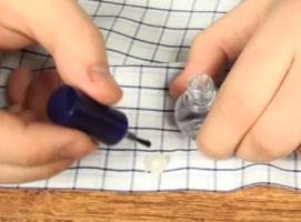 Jak radzić sobie z poluzowanymi nitkami przy guzikach