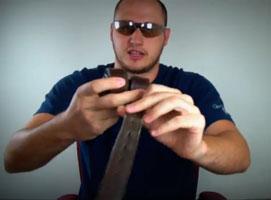 Jak przerwać skórzany pasek gołymi rękoma