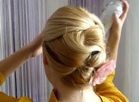 Jak zrobić eleganckie upięcie - przekładaniec