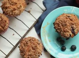 Jak upiec muffiny z jagodami