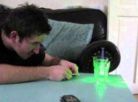 Jak zrobić prosty mikroskop laserowy