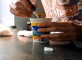 Jak zrobić fałszywy jogurt - medium trolling