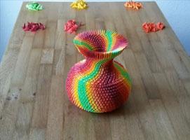 Jak zrobić kolorowy wazon metodą origami modułowego