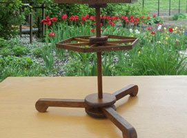 Jak zrobić drewniany stojak na kolczyki