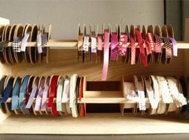 Jak zrobić półkę na wstążki