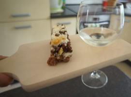 Jak zrobić deskę do podawania wina i sera