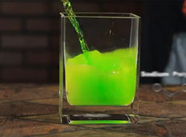 Jak wykonać pokaz możliwości super chłonnego polimeru