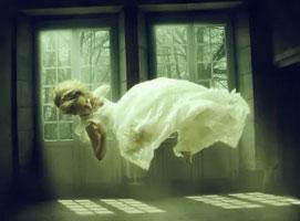 Jak wykonać efekt lewitacji w Photoshop