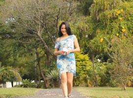 Jak uszyć sukienkę pasującą do wielu okazji