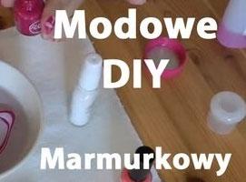 Jak zrobić marmurkowy manicure