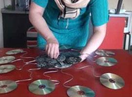 Jak zrobić zegar z wielu płyt CD