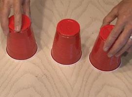 Jak zrobić imprezowe lampki z kubeczków