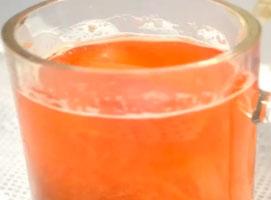 Jak zrobić kompot z rabarbarem i truskawkami