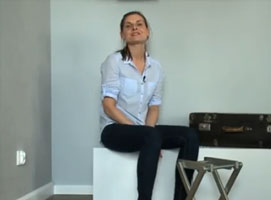 Jak zrobić stolik z walizki