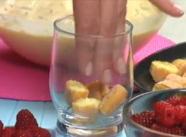 Jak zrobić malinowy deser z mascarpone