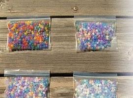 Jak wykonać doświadczenie z koralikami zmieniającymi kolor